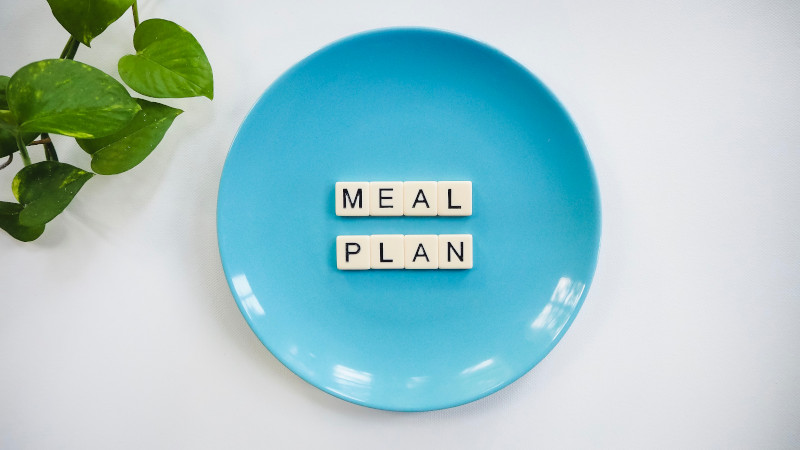 A meal plan can be a good way to help your loved one manage their nutrition